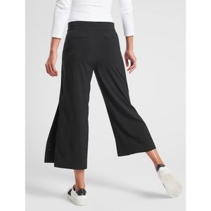 Athleta Tribeca Crop Wide Leg Pants Black 6 Petite